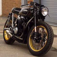 Cb750 by cognito moto #honda #cb #caferacer #custom #blancpain #victory #japan #swag #brat #live #cu - bike_lineup
