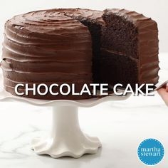 Chocolate Cake - - Baking an easy dessert like this chocolate cake can be almost as thrilling for a birthday girl or boy as blowing out the candles. Chocolate Cake Recipe Videos, Amazing Chocolate Cake Recipe, Best Chocolate Cake, Chocolate Recipes, Chocolate Food, Homemade Chocolate, Chocolate Buttercream, Buttercream Frosting, Decadent Chocolate