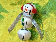 Jingle Bells Snowman Ornament - has link to instructions on how to make