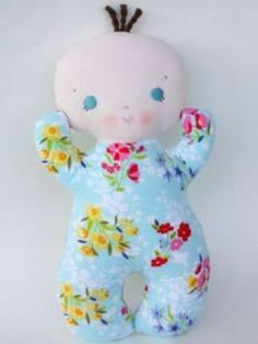 Bit of Whimsy Dolls Baby Toys, Kids Toys, Homemade Dolls, Operation Christmas Child, Baby Sewing Projects, Sewing Dolls, Fabric Dolls, Rag Dolls, Soft Dolls