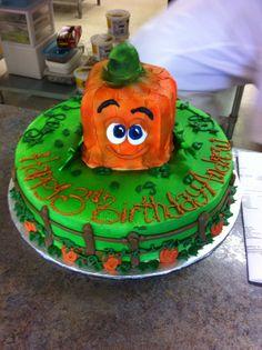 Spookley the square pumpkin cake