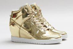 NIKE DUNK SKY HI SP (LIQUID GOLD) | Sneaker Freaker