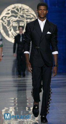 Versace Herrenanzug Sonderposten - Kleidung - Stocklots | Merkandi.de