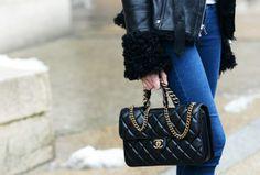 61 Street Style blogs, via Lucky Magazine {women}