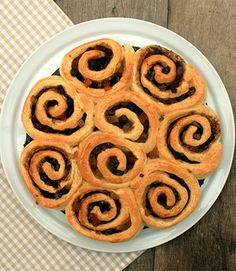 Desafios Gastronômicos: DESAFIO: Chelsea Buns, um clássico da confeitaria ...