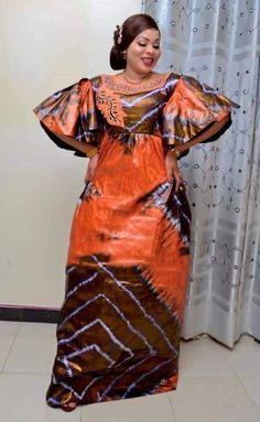 Premium Getzner Magnum Gold African Dress African Etsy - premium getzner magnum gold afrikanisches kleid african etsy - robe africaine en or getzner magnum premium etsy africaine Best African Dresses, African Traditional Dresses, Latest African Fashion Dresses, African Print Dresses, African Print Fashion, African Attire, Etsy, Tie Dye, Senegalese Styles