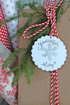 VIBEKE DESIGN: gift wrapped with CHRISTMAS JOY!