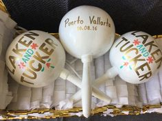 Custom #maracas for Laken & Tucker PV wedding beautiful colors, under the watchful eye of our friend @aishathomas