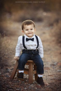 Toddler photography in Scottsdale outdoors. Cute one year old in a tie! Toddler Photography Poses, Little Boy Photography, Children Photography, Indoor Photography, Anker Tattoo Frau, Diwali Photography, Wedding Outfit For Boys, Toddler Poses, First Year Photos