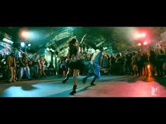 I love the whole vibe of this scene! Ishq Dance - Jab Tak Hai Jaan