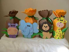 New Baby Shower Ideas Safari Theme Noah Ark Ideas Baby Shower Photo Booth, Baby Shower Photos, Baby Shower Themes, Shower Ideas, Felt Animal Patterns, Stuffed Animal Patterns, Safari Party, Zoo Birthday, 1st Birthday Parties