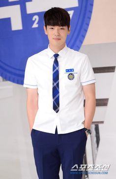 Kim Jung Hyun School 2027 press con Kim Joong Hyun, Jung Hyun, Kim Jung, Jealousy Incarnate, School 2017, Kdrama Actors, Korean Actors, It Cast, Wattpad