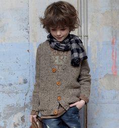 Modèle gilet col V garçon - Modèles tricot enfant - Phildar