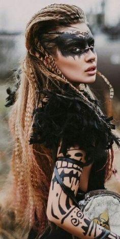 Inspiring and current images for Indian face painting - Modern fashion - Viking Halloween Costume, Vikings Halloween, Women Halloween, Indian Face Paints, Viking Makeup, Tribal Makeup, Viking Hair, Viking Woman, Maquillage Halloween