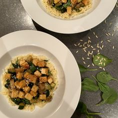 Orzo au tofu et aux légumes verts - michelerousseaudtp Valeur Nutritive, Tofu, Risotto, Posts, Vegan, Healthy, Ethnic Recipes, Blog, Dressing