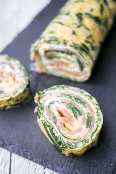 Low carb spinach salmon rolls for New Year& Eve buffet or Sunday brunch - Low . - Low Carb Spinach Salmon Buns for New Years Eve Buffet or Sunday Brunch – Low Carb Spinach Salmon - Healthy Food Recipes, Healthy Foods To Eat, I Foods, Low Carb Recipes, Healthy Eating, Salmon Roll, Party Finger Foods, Appetizer Recipes, Vegan Appetizers