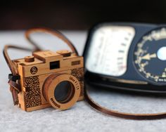 3D Wooden Camera by bRainbowshop on Etsy, $78.00  So Amazing that anyone could be that perfectly detailed!