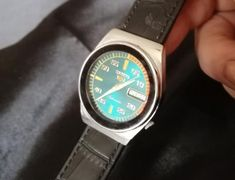 Seiko 5 Watches, Seiko 5 Automatic, Damascus Steel, Watch Sale, Vintage Japanese, 1980s, Etsy Shop, Photo And Video, Check