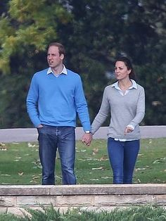 The Duke and Duchess of Cambridge on their day off strolled around the pristine grounds of Government House in Canberra.