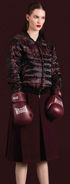 Магазин Waggon - каталог одежды, официальный сайт и адреса магазинов Ваггон