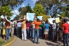 El Sur Informa: SANJUANEROS PROTESTAN EN LA CAPITAL POR CONSTRUCCI...