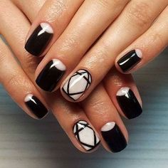 Accurate nails, Beautiful black and white nails, Black and white nail ideas, Drawings on nails, Evening nails, Exquisite nails, Geometric nails, Half moon patterned nails
