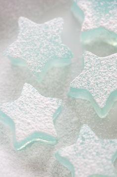 初雪の朝のきらきらツリー*(錦玉羹 レシピ): tree * (Nishiki-damaatsumono recipe) sparkling in the morning of the first snow of the year