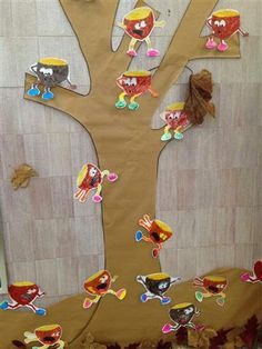 Castanyera Material: Paper, tisores, colors Nivell: Infantil 2014/15 Escola Pia Balmes Autumn, Fall, Halloween, Bulletin Boards, Paper, Color, Ideas, Sint Maarten, Preschool