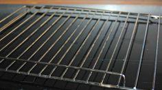 Pas à pas : nettoyer une grille de four ou de barbecue