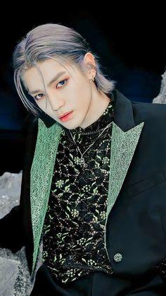 Nct 127, Nct Taeyong, Nct Album, Nct Life, Idole, Kpop Guys, Soyeon, Grey Hair, Art Design