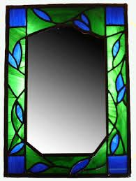 stained glass mirrors - Google Search Stained Glass Frames, Faux Stained Glass, Stained Glass Designs, Stained Glass Projects, Stained Glass Patterns, Leaded Glass, Glass Mirrors, Mirror Mosaic, Mosaic Art