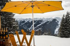 #ClicquotintheSnow The Oasis après–ski champagne bar on the slopes at The Little Nell in Aspen, Colorado