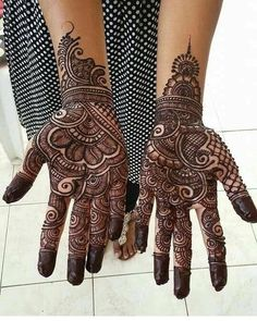 Most Beautiful Black Henna Design For Hands
