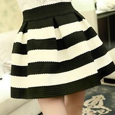 Women's Stripes Mini Skirt – USD $ 17.99