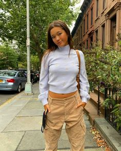 Lily Chee, Workout Accessories, Sweater Weather, Fitness Fashion, Summer Outfits, Khaki Pants, Fashion Looks, Photo And Video, My Style