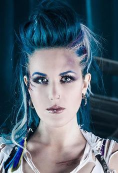 Alissa White-Gluz lead singer of The Agonist. Hot metal mama for sure. Ladies Of Metal, Metal Girl, The Agonist, Music Rock, Alissa White, Gothic, Symphonic Metal, Arch Enemy, Idole