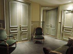 パリ1区  Mansart☆☆☆☆ マンサール   ヴァンドーム広場とカプシーヌ通りの角  ルイ14世の主席建築家マンサールの計画に従って建てられた18世紀の私邸~19世紀末からホテル