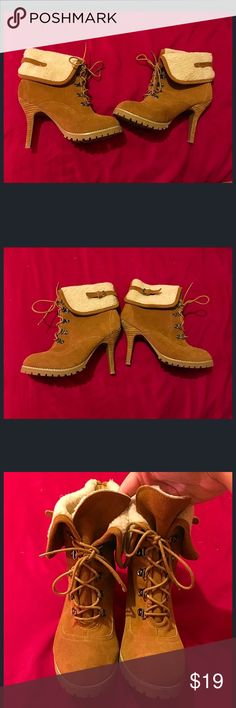 Brown Ankle High Boots Size 8 Brown ankle high boots size 8, the heels are a little worn as seen in the picture, there is a dirty spot on the left shoe that can easily be fixed, they are lace up shoes similar to timberland boots envy Shoes Ankle Boots & Booties