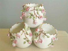Vintage Vista Alegre Porcelain Egg Vase Applied by MirasVintage, $39.00