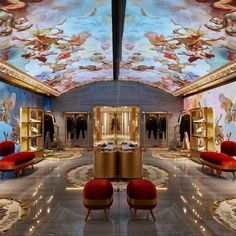 A digital fresco depicting cherubs and Greek gods is the focal point of Dolce & Gabbana's latest store in Rome, which has been created by Carbondale. Dolce & Gabbana, Rome, Handbag Display, Pastel Clouds, Sheila, Store Interiors, Dezeen, Luxury Shop, Couture