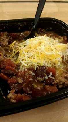 21 day fix crock pot slow cooker chili 1 can of black beans, 2 cans of low sodium diced tomatoes, 1 pound of ground turkey. Add cheese if desired. I did this in the crock pot over night.