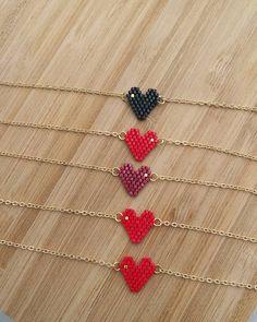 Minik kalp bilekliklerimiz❤#twinsart #twinssart #miyukibeads #miyukiboncuk #kalp #heart #bileklik #bracelet #handmade #elemegi #bestoftheday #bestgift #picoftheday #tasarım #kişiyeözel #ankara #istanbul #instagram #instablogger