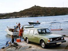 Volvo 245 (1974–1993)