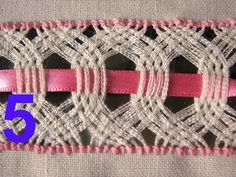 inscrito no canal acompanharoutros videos Types Of Embroidery, Hand Embroidery Stitches, Embroidery Techniques, Ribbon Embroidery, Cross Stitch Embroidery, Embroidery Patterns, Weaving Patterns, Knitting Patterns, Plastic Canvas Stitches