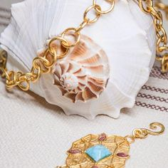 Summer Shore Elements #StephanieKantis #jewelry #chain #gold #summer #shore