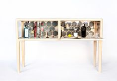 This high-end, handmade liquor cabinet, designed by New Zealand designer Ian Rouse, takes a bar cabinet to a whole new level with its solid craftsmanship. Dream Furniture, Design Furniture, Table Furniture, Handmade Cabinets, Boy Dresser, Easy Home Decor, Bars For Home, Home Furnishings, Liquor Cabinet