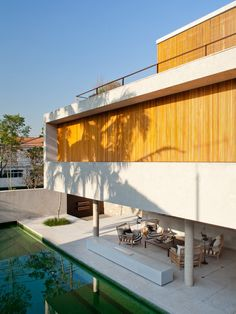 House 6 / Marcio Kogan