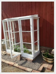 Greenhouse from old windows - All For Garden Small Greenhouse, Greenhouse Plans, Old Window Greenhouse, Growing Plants, Growing Vegetables, Back Gardens, Outdoor Gardens, Simple Interior, Old Windows