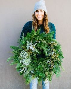 Beijos Events knows just how to throw a girl's get together for the history books. This festive holiday version involves succulents and loads of coffee. two of our favorite things. Christmas Wreaths For Front Door, Holiday Wreaths, Noel Christmas, Winter Christmas, Modern Christmas, Succulent Wreath, Decoration Inspiration, Diy Wreath, Xmas Decorations