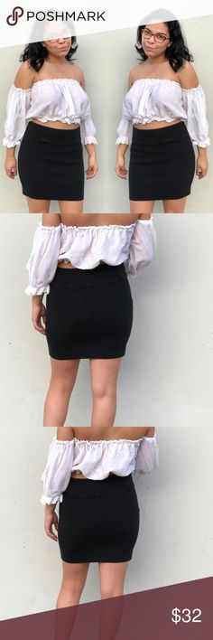 KENDALL & KYLIE SZ L BLACK BANDAGE SKIRT MINI CUTE Super cute stretchy skirt by Kendall & Kylie Kendall & Kylie Skirts